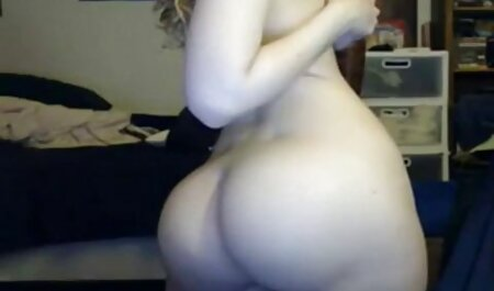 אישה קזחית נבדקה סרטי סקס חינם חזה גדול על ידי הרופא המדובר.