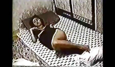 יפהפיות אוהבות לרמות סרטי סקס מלאים חינם בזמנם החופשי.