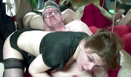 הברמן עזרה לגדול סרטי סקס חינם אדיר בוגר וגינלי