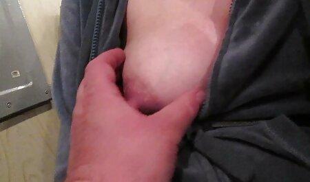 אישה צ סרטוני סקס לצפייה ישירה חינם ' כית צעירה משחקת עם מחזה צרפתי סוטה וחברותיה פורנו