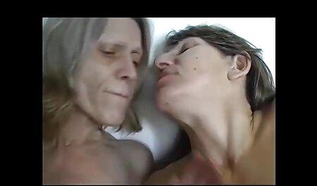 קוטי העניש את אשתו על סרטי סקס חינם הומואים שבגדה עם נהג המונית.