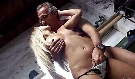 מתוק אלקליין צעיר גורם ללשון להיות מכוסה במצלמה סרטי סקס בעברית חינם