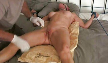 היא זיינה את החולה סרטוני סקס להורדה חינם בתחת והשליכה לו בפה.