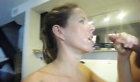 זין תותה סרטי סקס חינם גדול בכוס רטוב.