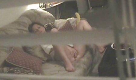 ילדה סרטי סקס חינם מלאים ראשונית, חתול קטן