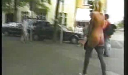 Honiaka אדום בגרביונים מחייך סרטי סקס צפיה ישירה העבד שלה רעול פנים
