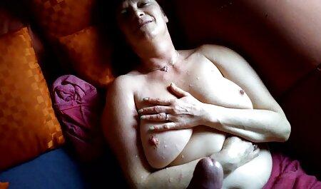 אחרי חדירה סרטי סקס מלאים לצפיה ישירה כפולה, תרסיס זרע על הפנים.