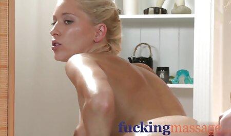 הסעתי סרטי סקס חינם אמא את אולדאק לסטודנט סוטה!