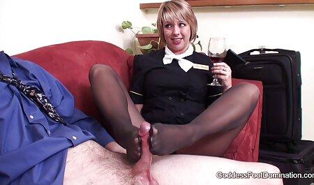 גברת יפה מראה את הכוס שלה תותה סרטי סקס חינם