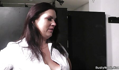 בחורה מוצאת זין סרטי סקס חינם ערביות אחרי האוננות.
