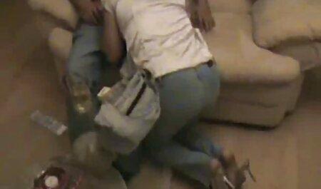 העבד מאפשר לגברת לשלוט ב-ch1 האדום סרטון סקס חינם