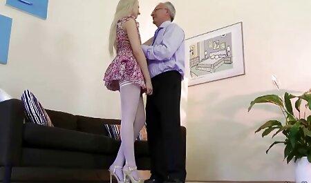 בן אבא שיכור שמתעסק עם הבת הבוגרת סרטי סקס צפיה חינם שלו.