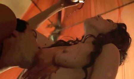 נער סרטוני סקס לצפיה חינם צעיר זועק ליופי אירינקה בכוס
