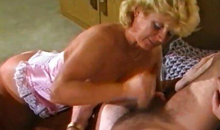 האיש שילם לבני צפייה ישירה סרטי סקס מינו עבור שירותיו לאחר שתיקן את המלכודת.