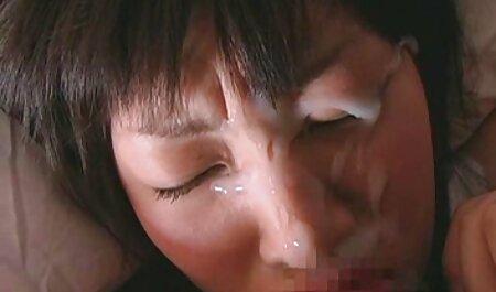 לסביות סרטונים של סקס חינם ליקקו לפני העבודה