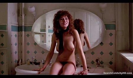 האישה אוהבת אנאלי. סרטוני סקס צפייה ישירה