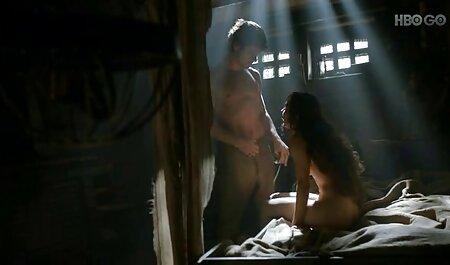 עוד קורבן מצלמה נסתרת סרטי סקס חינם עם חיות טמון בשמש