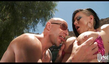 לדעת מה לעשות בהתרגשות, המיצים נגעו סרטי סקס מלאים חינם בידו.