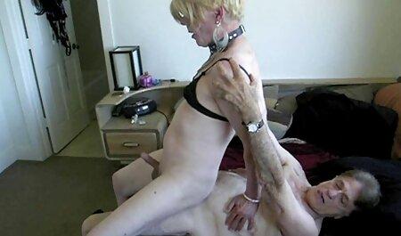 האישה הבוגרת בשתי סרטי סקס חינם למבוגרים דרמות הייתה חייבת לאכול סוכר.