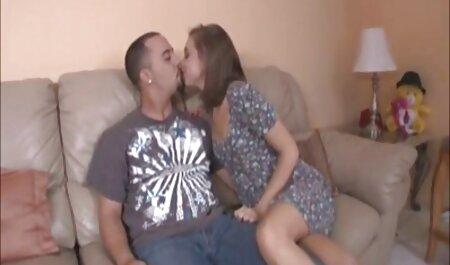 ריבוע במורה סרטי סקס אמא ובת חינם בוגר בבית עבר מבחן ארבעה מושבים